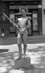 056-Barcelona-La Rambla (marek&anna) Tags: spain barcelona lasramblas mime monochrome