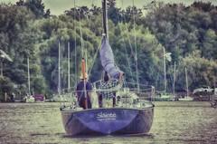 Sláinte (Paul B0udreau) Tags: canada ontario paulboudreauphotography niagara d5100 nikon nikond5100 boat lakeontario portdalhousie water nikkor70300mm people sunset sailboat sailing