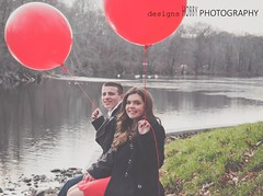 love (designsHOBBYPHOTOGRAPHY) Tags: love valentine valentinesday young couple portrait people red balloon water