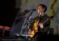 Tegan And Sara 4/18 (ParisaTryttenPhotography) Tags: california musician music santacruz canada sc club lesbian concert twins sara canadian nightclub indie teganandsara alternative tegan warnermusic thecatalyst