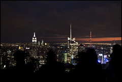 Top of the Rocks (Ingo Tews) Tags: city usa newyork skyline night skyscraper buildings amazing nacht timessquare stadt empirestatebuilding empirestate gotham bigapple gebäude wolkenkratzer freedomtower topoftherocks
