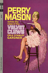 4516 Case of the Velvet Claws (Brown's Lair) Tags: illustration paperback popart robertmcginnis perrymason erlestanleygardner crimenovel pulpart misterynovel