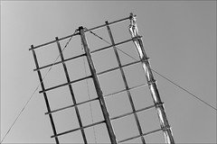 windmill detail (loop_oh) Tags: cactus espaa hot mill windmill island volcano lava spain meer wind kanaren lanzarote canarias atlantic unesco insel espana cesar spike canary spine volcanoes spines isle espagne garten atlanticocean canaryislands isla spikes islas spanien jardn islascanarias kaktus dorn atlantik csar vulkan kaktee manrique timanfaya kakteen cesarmanrique windmhle csarmanrique windmuehle guatiza ocanoatlntico ozean stachel vulkane opuntie jardndecactus kaktusse kaktusgarten