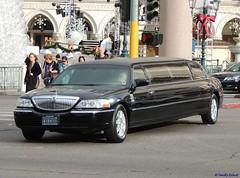 2006-2011 Lincoln Town Car Limousine (B737Seattle) Tags: las vegas black car town nikon signature nevada 2006 limo stretch strip lincoln coolpix l timothy 2008 2009 limousine 2007 2010 2011 kalweit p510 b737seattle