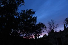 Atardecer en Mont-ral (SuRfEiRo) Tags: sunset sky españa sun moon tree sol night photoshop canon arbol atardecer eos noche d no panoramic luna cielo 600 panoramica nube tarde cataluña nigth tarragona montral uploaded:by=flickrmobile flickriosapp:filter=nofilter