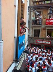 IMG_2526 (Destino Navarra) Tags: pamplona ayuntamiento navarra sanfermin encierro balcón