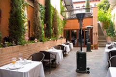 "Alojamientos_lajoyosa <a style=""margin-left:10px; font-size:0.8em;"" href=""http://www.flickr.com/photos/116167095@N07/12366146224/"" target=""_blank"">@flickr</a>"
