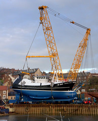 Launching the Guiding Star (yogi59) Tags: new england mobile river star marine britain crane yorkshire united great north kingdom east whitby 1200 hull launch build trawler ton guiding esk sarens gottwald parkol h360 ak6803