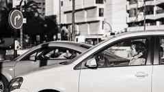 waiting (Gerard Koopen) Tags: spanje spain malaga city bw blackandwhite candid straat street straatfotografie streetphotography car auto woman waiting fujifilm fuji xpro2 56mm 2016 gerardkoopen