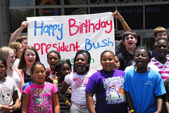 20130612_LPGB_JJ_019 (Bush 41 Library) Tags: georgebush happybirthday collegestation texasam tamu presidentiallibraryandmuseum bushbirthday 41s89th