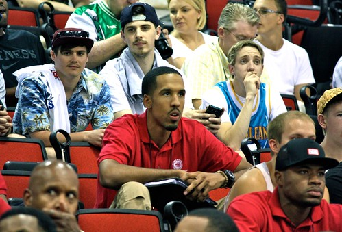 Crowd - Shaun Livingston