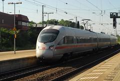 ICE 3 passes Lneburg (Forest Pines) Tags: railroad ice train germany deutschland eisenbahn railway zug bahn lneburg intercityexpress niedersachsen lowersaxony ice3 baureihe403 br403 velaro