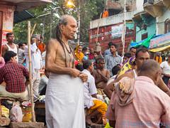 Priere du matin Varanasi morning prayer- India (geolis06) Tags: india asia prayer monk olympus varanasi asie hindu pilgrimage pilgrim ganga sadhu inde benares pelerin priere gange uttarpradesh moine hindou pelerinage brahmane olympusomdem5 omdem5 geolis06