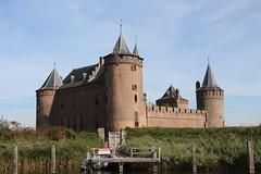 IMG_9860 (Jaap Bloot) Tags: bridge holland castle windmill dutch de landscape boot windmills drawbridge universiteit molen aan breukelen kasteel zeilboot pampus muiderslot molens maarssen muiden rivier weesp vecht loenen nijenrode ophaalbrug sloep vreeland nigtevecht overmeer mijnden