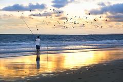 Pescando colores (pericoterrades) Tags: atardecer huelva pesca bajamar playas puntaumbra labota