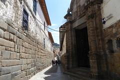 Calle Hatun Rumiyuq Cuzco Peru Patrimonio de la Humanidad UNESCO 05 (Rafael Gomez - http://micamara.es) Tags: peru cuzco de la calle per unesco humanidad patrimonio hatun ph559 rumiyuq