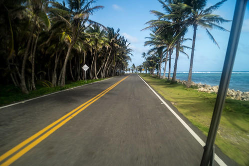 Isla San Andrés - Road along the coast