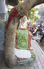 Muslim Street Shrine (Shrimaitreya) Tags: street india colorful god indian muslim islam religion altar gods maharashtra shrines sufi sufism pune bharat modernity streetshrine popularreligion