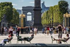 Sunny Paris (Peraion) Tags: people paris france monument europe egyptian column arcdetriomphe parc tuileriestrees