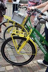 (marie-ll) Tags: groen nederland denhaag geel fiets binnenhof haagschestadsfiets