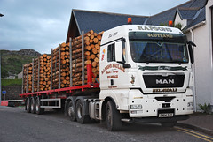 MAN TGX (Màrtainn) Tags: man truck scotland highlands alba forestry escocia lorry alban szkocja escócia schottland westerross schotland ecosse lochalsh scozia skottland rossshire skotlanti skotland kyleoflochalsh broskos caollochaillse forstwirtschaft escòcia skócia tgx foresterie albain skogsbruk iskoçya шотландия rawtherapee σκωτία leśnictwo lochaillse metsätalous metsänhoito skovbrug gàidhealtachd coilltearachd taobhsiarrois siorramachdrois forstgeräte forstwesen лесоводство scoţia skogindustri skogvesen làraidh лесовъдство enginyeriaforestal lesnictví δασοκομία ingenieríademontes basotze šumarstvo selvicoltura rapsonshaulage sn64szy