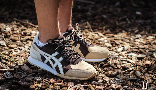 asics colorado 85 x onitsuka tiger