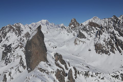 La Pierra Menta et le Mont Blanc (S. Torres) Tags: montagne paysage neige refugedepresset montblanc pierramenta savoie alps alpes menta mont blanc pierra landscape france mountain