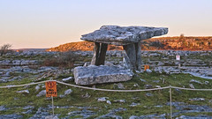 287 Poulnabrone Megalithic Tomb (roving_spirits) Tags: ireland irland irlanda irlande countyclare wildatlanticway