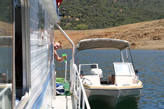 lake_oroville_june13 (11) (KrystianaBrzuza) Tags: summer lake houseboat boating pontoon oroville onthewater lakeoroville