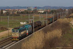 1022 - 655_267 + 345 + CARRI RIPARANDI a TERRAFINO ( EMPOLI ) 16-3-2013 FULL HD (SPECIALE CAIMANI XMPR) (Frank Andiver TRAIN IN TUSCANY) Tags: italy train canon frank photo italia photos rail trains tuscany rails locomotive toscana treno fs trenitalia treni 655 ferrovie binario caimano fullhd e655 andiver frankandiver trainintuscany