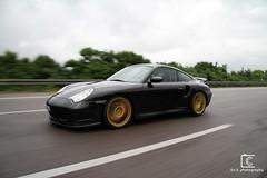 Porsche 996 Turbo (Christian Keller - c.k. photography) Tags: golden 911 fast autobahn automotive porsche rims panning supercar 996 automobil zuffenhausen panningshot porsche996turbo worldcars goldenrims redbrakediscs