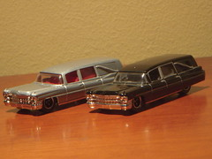 1963 Cadillac Miller-Meteor Hearse 1:81 Diecast by Matchbox (PaulBusuego) Tags: china usa 1969 scale car wheel by america sedan toy drive miniature us buick model call general market body ss rear first superior continental seville cadillac eldorado ambulance special motors professional made domestic funeral american commercial frame lincoln 164 pontiac chassis deville saloon coupe hearse 60 electra matchbox 1964 oldsmobile fleetwood 1963 fullsize 181 ninetyeight laurentian diecast brougham millermeteor landau