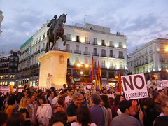 ASPECTO PUERTA DEL SOL 5O#189 (Jül2001) Tags: protest revolution politica manifestaciones protestas spanishrevolution movimientossociales asambleaspopulares indignados marcaespaña democraciarealya acampadasol movimiento15m