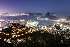 GUANABARA BAY (Rober1000x) Tags: longexposure brazil rio brasil riodejaneiro night bay mirador guanabara pandeazucar mirantedonamarta 2013 domluis