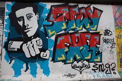 stay free (dive-angel (Karin)) Tags: streetart berlin wall germany deutschland mauer eastsidegallery berlinermauer 2470mm eos5dmarkii