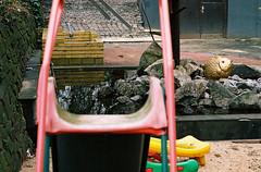 Wuppertal-Heckinghausen: ART Fabrik & Hotel. The slide, the sand box, and the goldfish (wwwuppertal) Tags: art film playground germany deutschland goldfish kunst slide nrw fujifilm wuppertal bergischesland sandbox analogphotography nordrheinwestfalen spielplatz sandkasten goldfisch rutsche northrhinewestphalia nikonf801s fujicolorsuperia analogefotografie analogphotograph analoguephotography heckinghausen wuppertalheckinghausen zoomnikkor354528105mm designerhotel artfabrikhotel afdzoomnikkor354528105mm afdzoomnikkor354428105mm bottmhle afzoom28105mmf3545difmacro