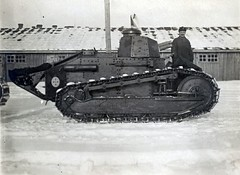"Finnish Army Renault FT-17 • <a style=""font-size:0.8em;"" href=""http://www.flickr.com/photos/81723459@N04/12114702774/"" target=""_blank"">View on Flickr</a>"