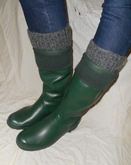 GrnH304 (Lisban2009) Tags: green socks soft with hunter wellies rubberboots gummistiefel creased tourer turneddownwellies foldedwellies