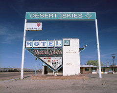 Desert Skies Motel, Gallup, New Mexico (peter barwick) Tags: kodak portra mamiyarz67 vintagemotelsigns