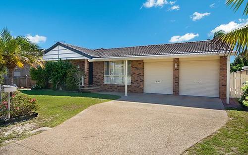 32 Melaleuca Drive, Yamba NSW 2464