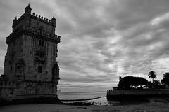 Torre de Belem (Kid photo 1979) Tags: sky tower clouds digital blackwhite nikon tour lisbon belem ciel nuages numrique noirblanc d700