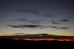 les Pyrnes (Steph Blin) Tags: sunset sky mountain france night montagne dusk ciel crpuscule pyrnes arige chane pwpartlycloudy vision:sunset=0884 vision:sky=099 vision:outdoor=0966 vision:car=0744 vision:clouds=0984 vision:ocean=055