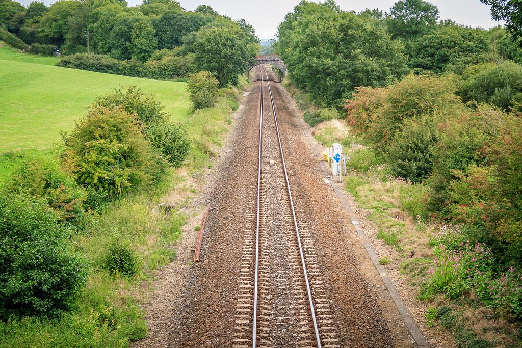 Single-track main line