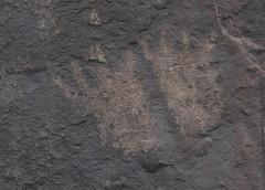 Petroglyphs / Little Lake Site (Ron Wolf) Tags: anthropology archaeology atlatlcliff cainy389 littlelake nativeamerican anthromorph anthropomorph footprint petroglyph rockart california repatination