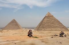 GISA - PYRAMIDS (Punxsutawneyphil) Tags: africa history sahara ancient desert egypt unescoworldheritagesite unesco cairo camel afrika historical pyramids egipto gypten egitto wste sevenwonders worldheritage gizeh weltkulturerbe pharao khufu cheops geschichte pyramiden kairo gisa kamele  weltwunder giseh  unescoweltkulturerbe