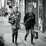 Zwei Frauen thumbnail