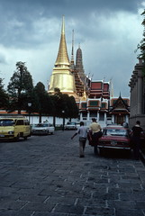 Golden stupa, Wat Phra Keo temple, Bangkok (1982) (Duncan+Gladys) Tags: thailand bangkok enhanced th