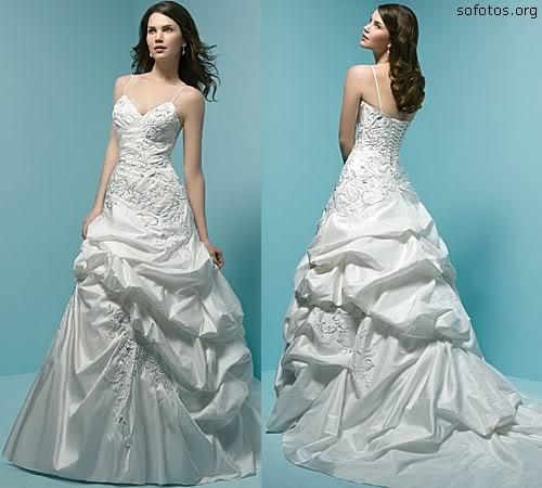 Vestido de noiva com alça lindo