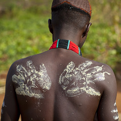 Bashada Tribe Man With Body Painting, Dimeka, Omo Valley, Ethiopia (Eric Lafforgue) Tags: africa people man colour men painting square outdoors day body drawing muscular african makeup tribal bodypaint adventure blackpeople omovalley rearview tradition typical ethiopia tribe ethnic handprint cultural oneperson ethnicity traditionalculture hornofafrica headandshoulders omo eastafrica realpeople traveldestinations blackskin onlymen onemanonly dimeka colourimage africanethnicity 1people indigenousculture ethnicgroup bashada bodyadornment truepeople tribalmakeup ethiopianethnicity omo137783