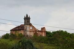 Tragdia grega (Mrcia Valle) Tags: brazil minasgerais church brasil nikon ruins chapel mg igreja brasile brsil runas cotegipe tragdiagrega d5100 mrciavalle patrimniodestrudo